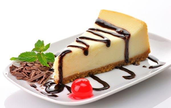 Чизкейк можно приготовить из печенья без выпечки
