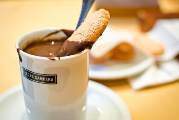 Горячий шоколад - этот десерт всегда к столу