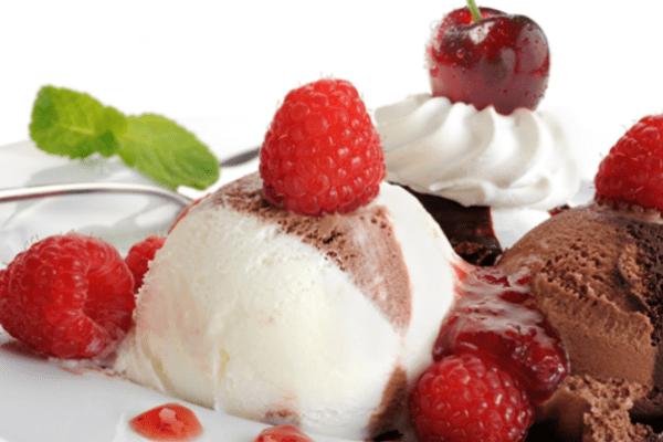 Сливочно-шоколадное домашнее мороженое