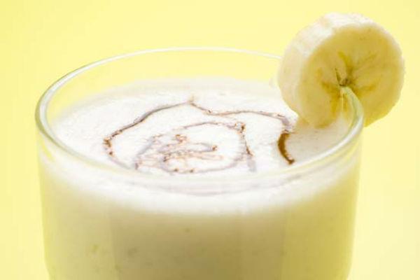 рецепт бананового коктейля с мороженым в домашних условиях