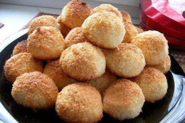 """Кокосовое печенье """"Конусы"""" – кулинарный рецепт"""