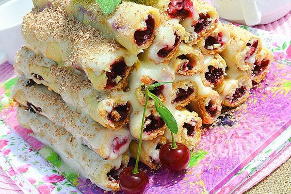 Торт Изба с вишней 3