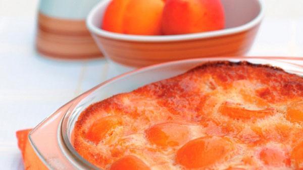 Как приготовить пирог или пудинг с абрикосами?