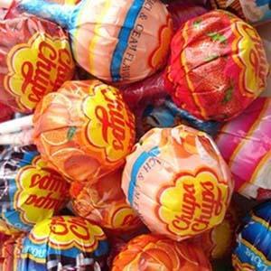 Чупа - чупс - вкусное творение кондитера Роше.