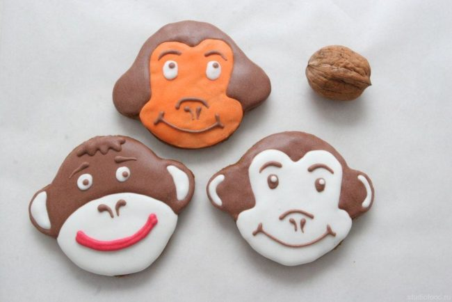Вкусные хрустящие обезьянки.