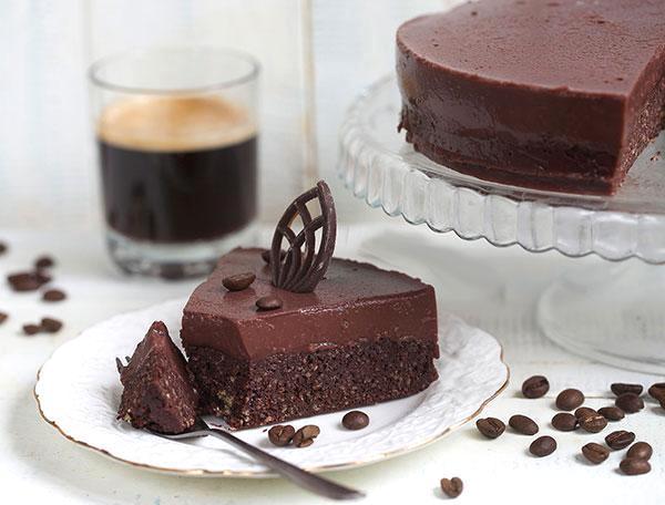 Особенности пропитки шоколадных коржей - фото