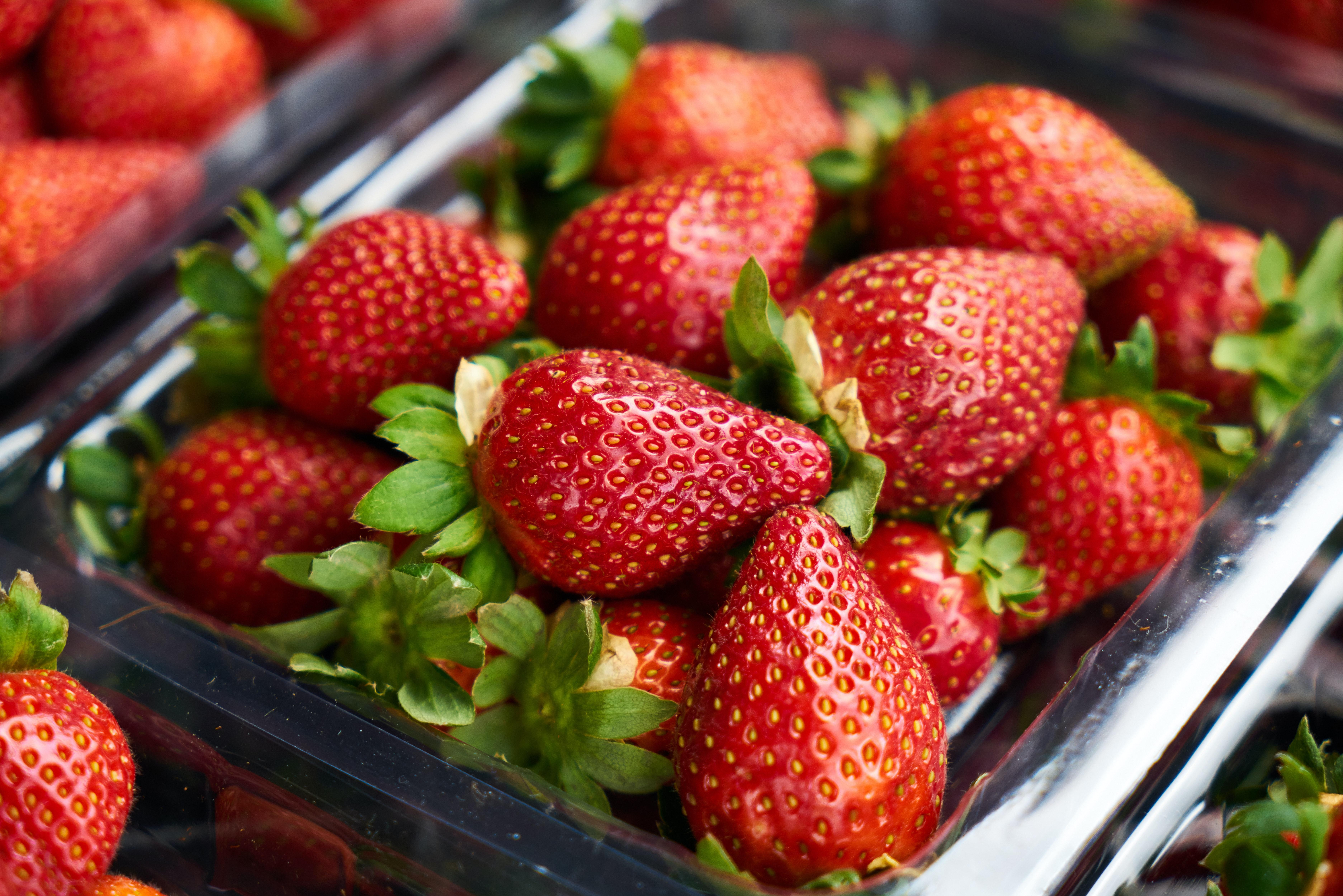 На что обратить внимание при покупке ягоды - хранение ягод - фото