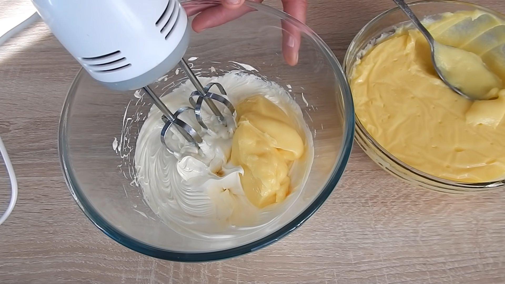 Рецепт - заварной крем для «Медовика» - шаг 10