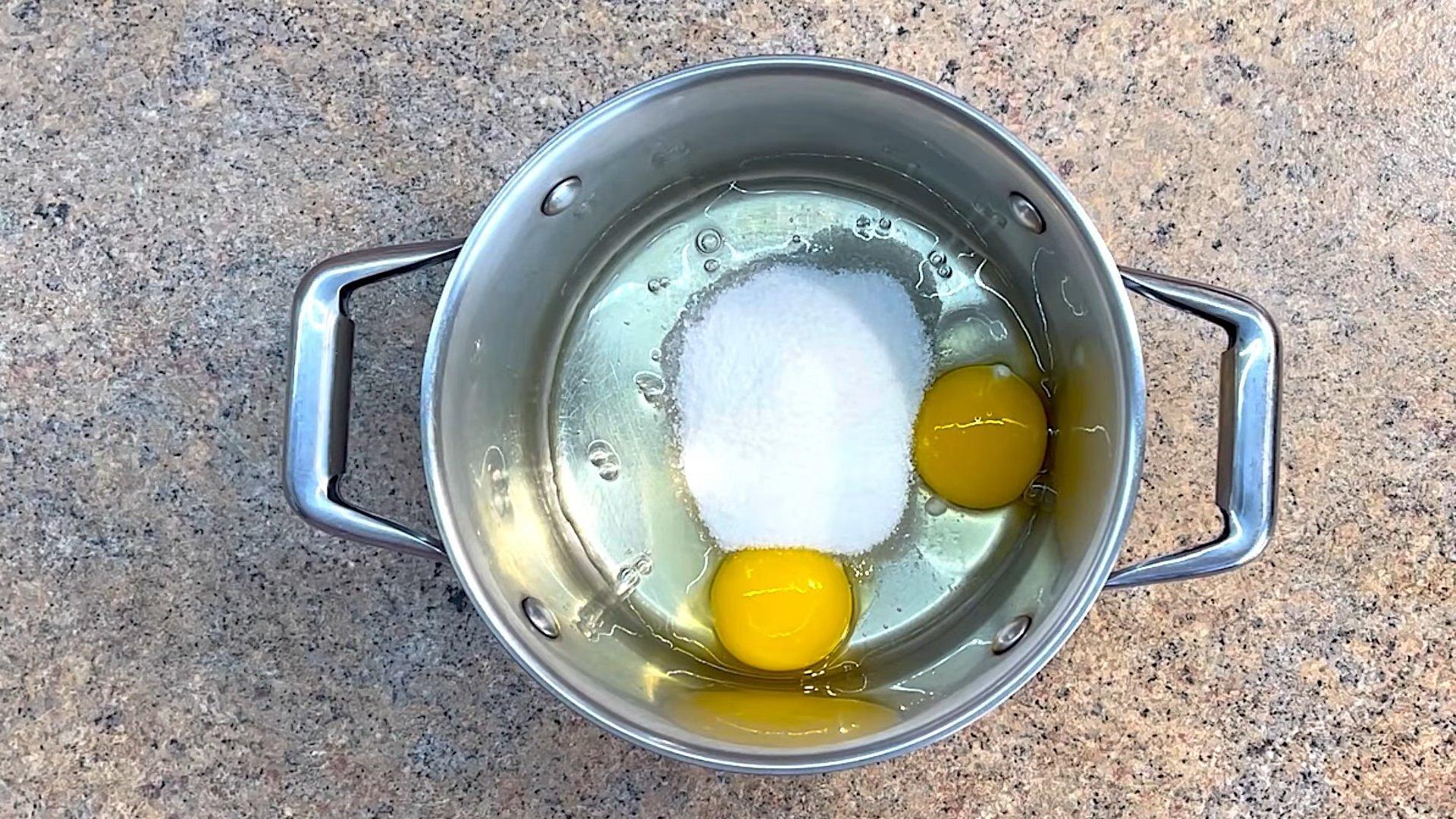 Рецепт - Крем для эклеров со сгущенкой - шаг 1