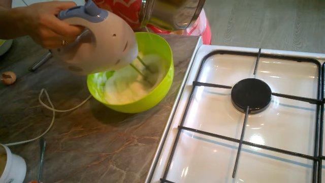 Рецепт - Белковый крем для вафельных трубочек - шаг 4