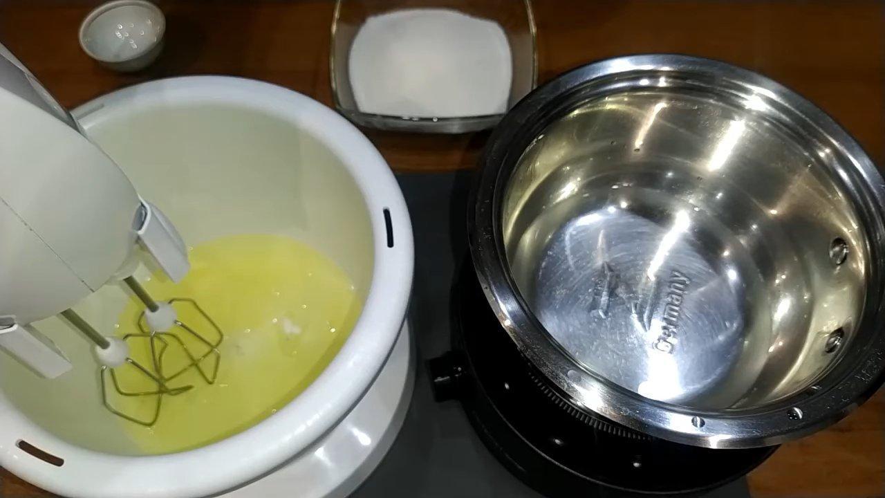 Рецепт - Белковый крем для корзиночек - шаг 2