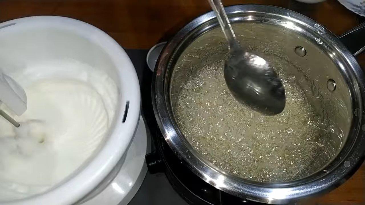 Рецепт - Белковый крем для корзиночек - шаг 3