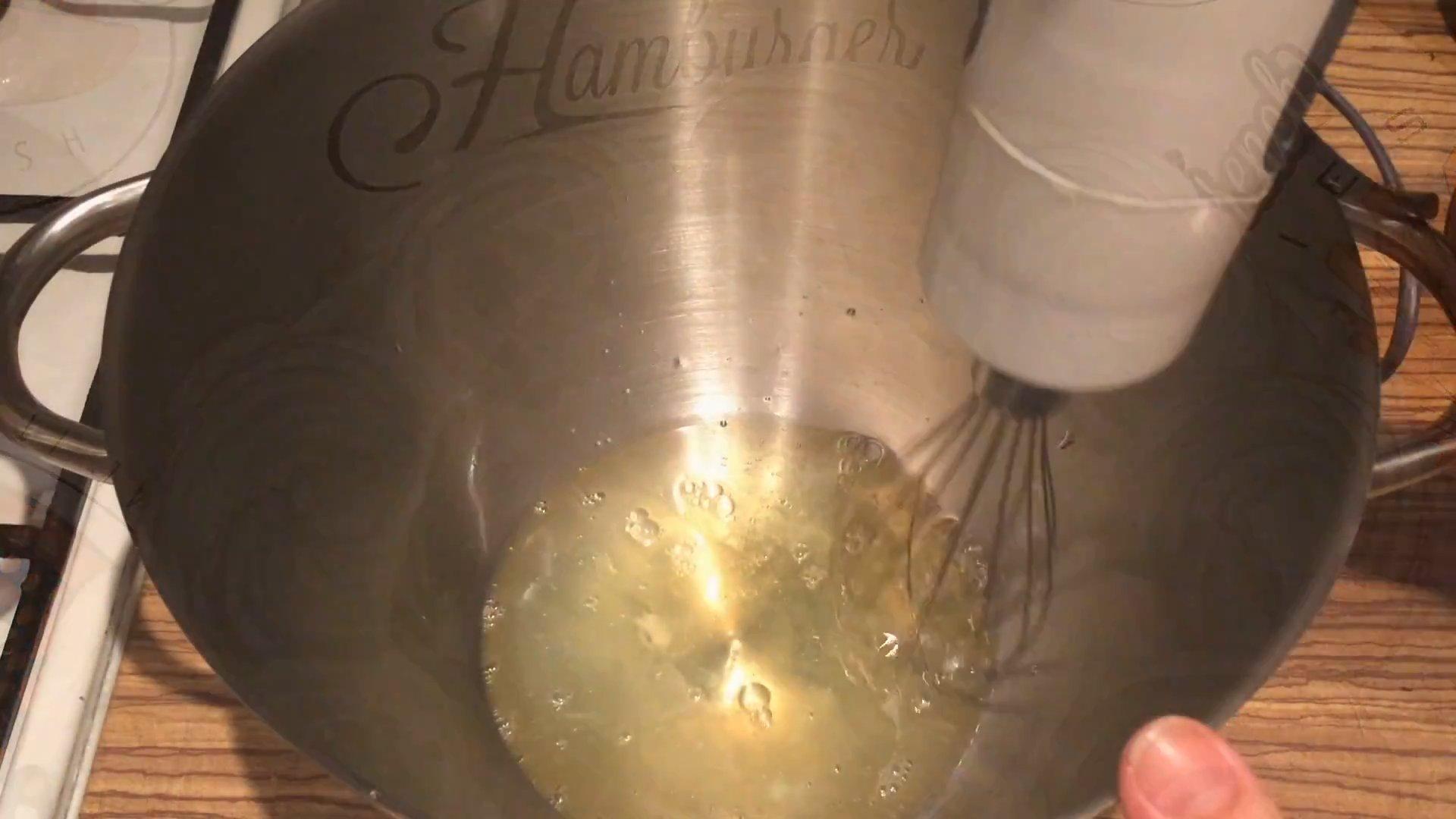 Рецепт - Белковый крем на водяной бане - шаг 1